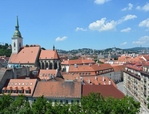 """Koronavírus """"zrazil"""" počet predaných bytov v bratislavských novostavbách na takmer najnižšiu úroveň v pokrízovom období"""