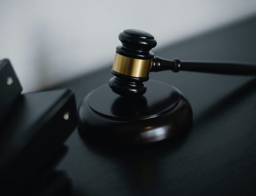 Právnik radí na otázky týkajúce sa problematiky správy budov